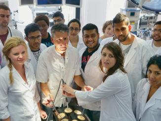 كلية الطب في كلوج تحصل على الاعتماد الدولي لجودة التعليم